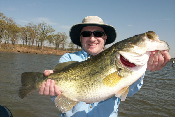 Lake fork texas bass fishing guide service with bass for Lake fork fishing guides